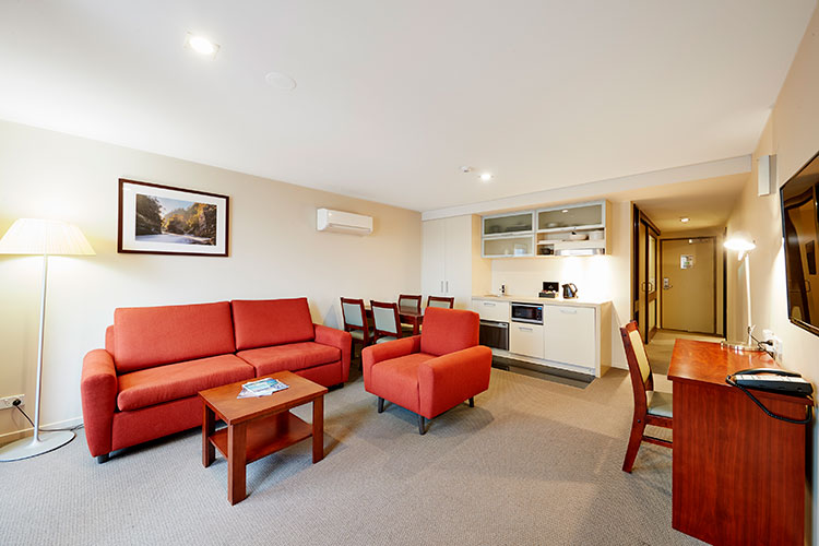 One Bedroom King Apartments At Racv Ract Hobart Apartment Hotel